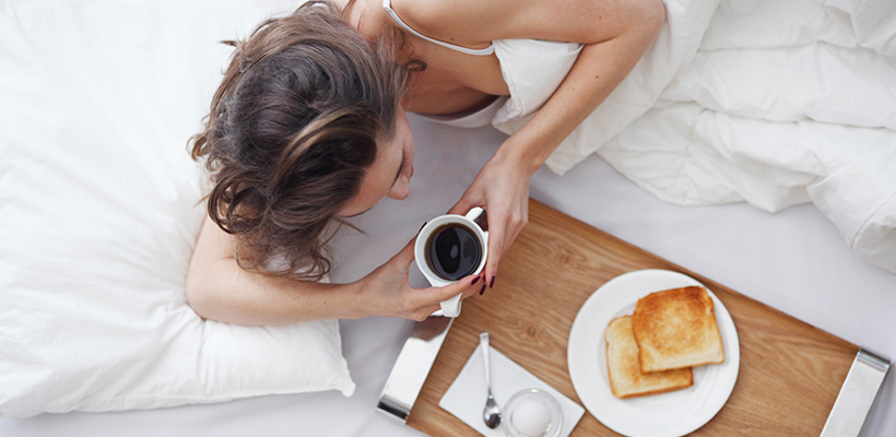 Style Breakfast in bed