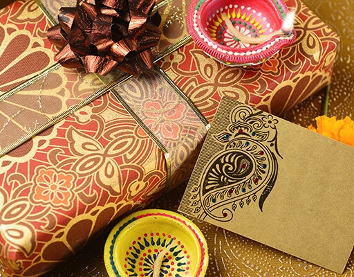 5 Gifting Solutions To Make You Everyone's Favourite Guest This Diwali!